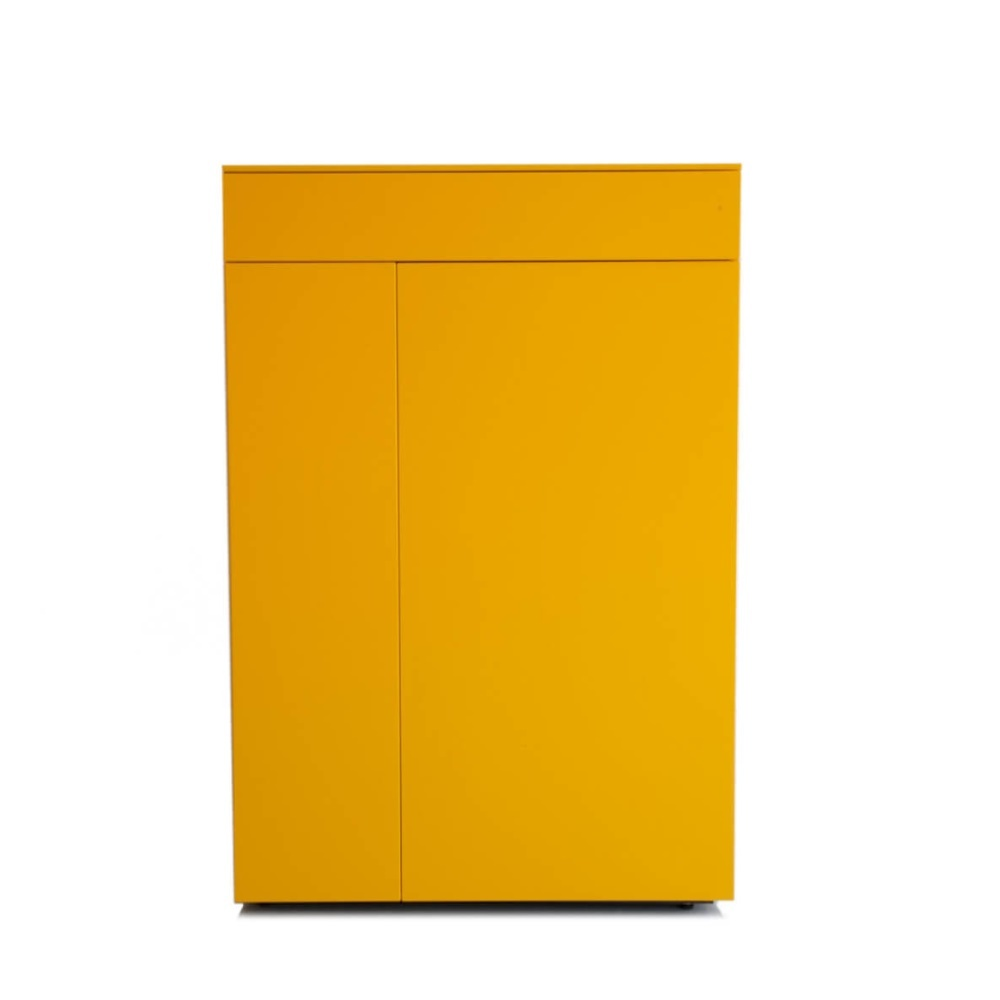 Gele legkast van Karat