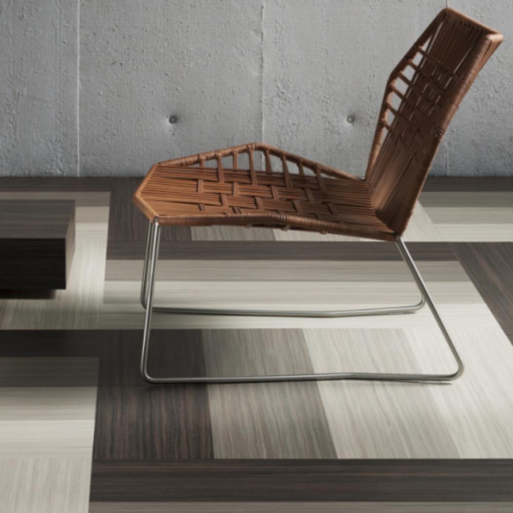 Prachtige vloer van Forbo Marmoleum in verschillende grijstinten